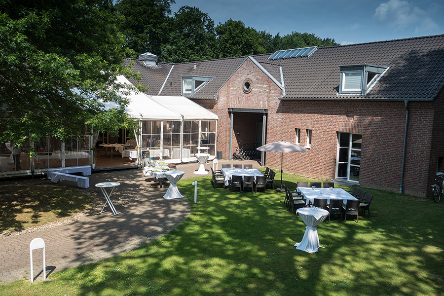 Galerie Schlosschen Restaurant Haus Bey
